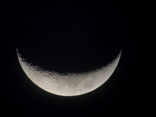 636443678278822299-Waxing-Crescent---DiCiero.jpg