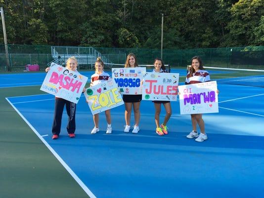 Verona-girls-tennis-seniors.JPG