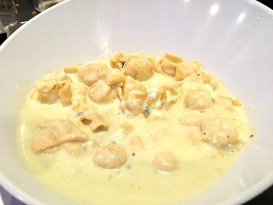 Pear and Gorgonzola stuffed fiocchi pasta ($15.99) served in a cream sauce.