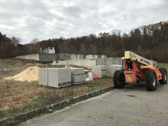 The Lakeside Manor townhouse construction site on Mountain Lakes Drive in Wanaque pictured Nov. 14, 2017.