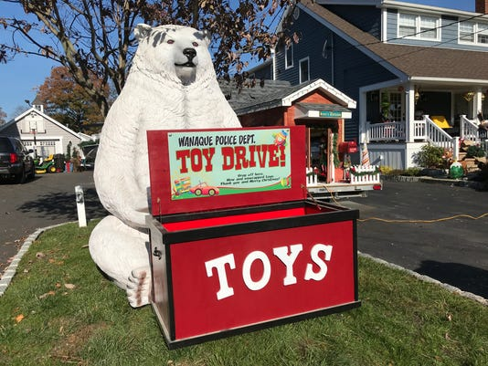 Wanaque Christmas display