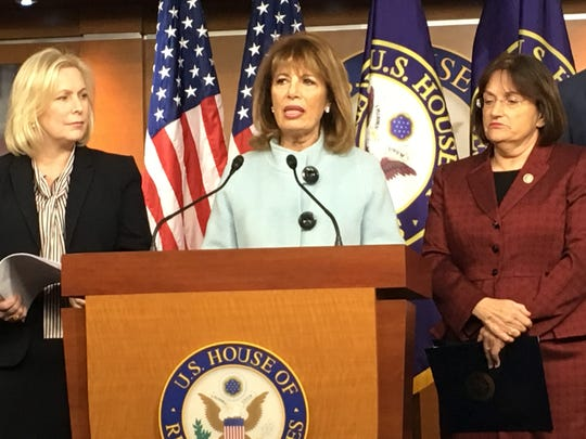 Rep. Jackie Speier, D-Calif., (center), Sen. Kirsten