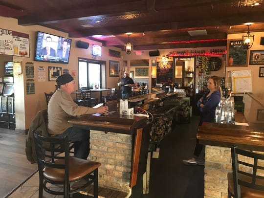 Tim and Chelsea Hren are Glendale natives and members of the 2003 class of Nicolet High School. One of their primary goals for The Brick Pub & Grill is to provide a warm, welcoming gathering place to bring their hometown of Glendale together.