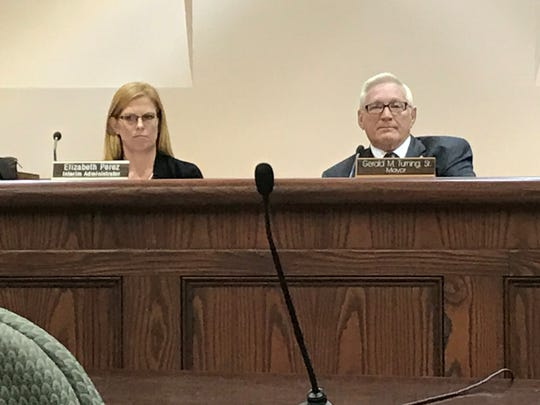 Tinton Falls Interim Administrator Elizabeth Perez, left, and Mayor Gerald M. Turning at a Nov. 13, 2017 borough meeting.