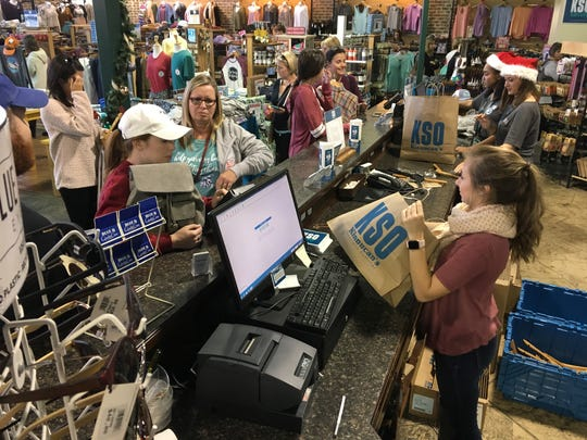 Black Friday shoppers look for deals at Kinnucan's