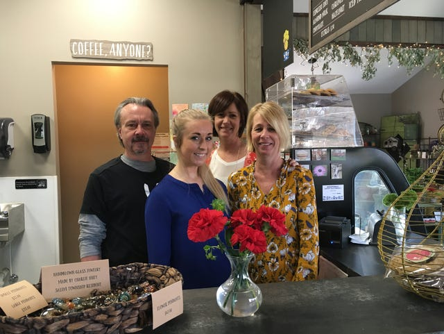The Flower Bar: flowers, coffee, pastries and more