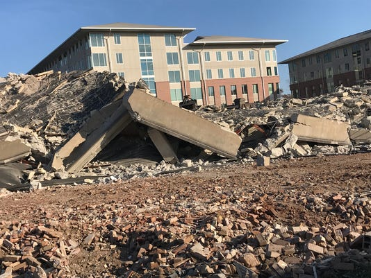 636480078565809594-Clemson-House-rubble.jpg