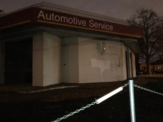 The Bloomfield Township Council has agreed to purchase the land on which this abandoned automotive service center sits where East Passaic and West Passaic avenues meet. From this location, the municipality seeks to gain access to a water aquifer.