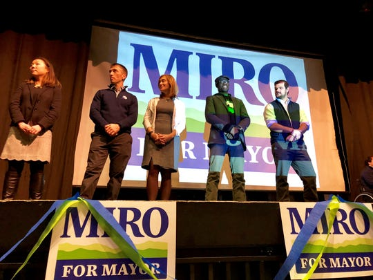 Lizzie Haskell, Chip Mason, Karen Paul, Ali Dieng, and Adam Roof accept Democratic endorsement on Jan 7 2018