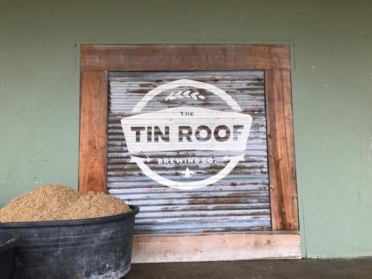 636516962306400575-tin-roof.jpg