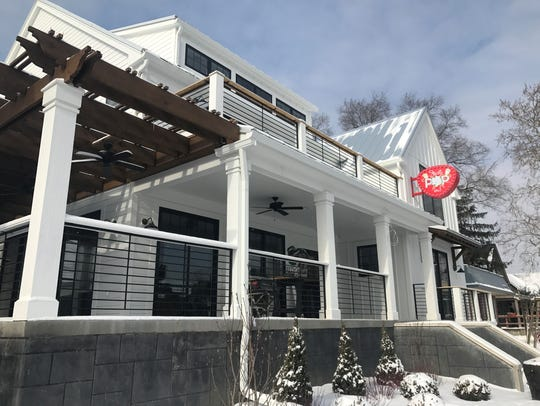 Just Pop In! popcorn cafe and bar opens in spring 2018