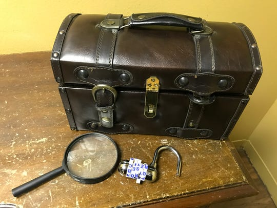 Escape room owners advise participants to pay attention to the details to solve a mystery.