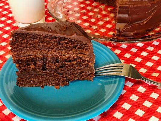 Chocolate-cake-IMG-0156-edited.jpg