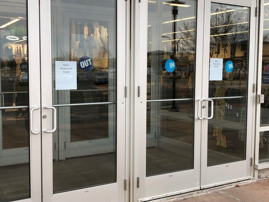 Old Navy, located at 6805 Mills Civic Parkway in West Des Moines, had signs taped to its front doors Wednesday morning saying that the store was temporarily closed.