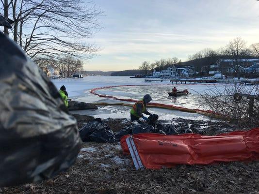 Lake Hopatcong fuel spill Feb. 2018