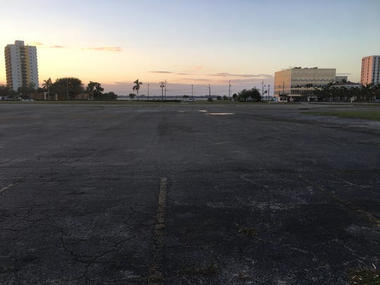 A view of the 7.8-acre parcel looking toward the Caloosahatchee