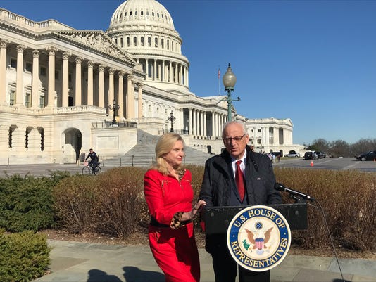 BIll Pascrell and Carolyn Maloney announce gun legislation