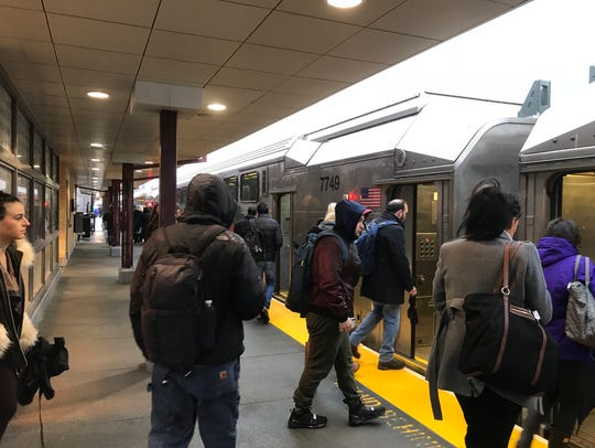 Commuters didn't let the weather stop them from their