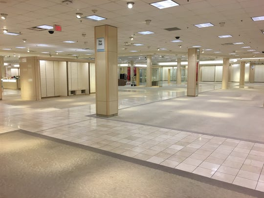 Customers had their last chance to visit the Macy's