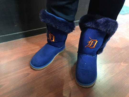 Jacki Hawkins' custom made blue Tigers boots with orange embroidered D.