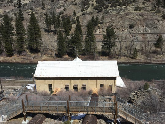 Truckee River running past Farad powerhouse.