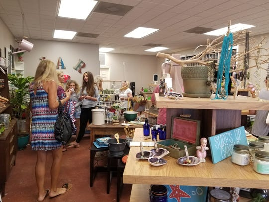 JAR's grand opening attracted lots of customers eager