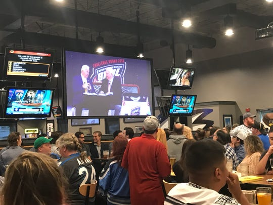 Pensacola Ice Flyers fans filled Buffalo Wild Wings Sunday night for the SPHL Challenge Round Playoff show hosted by Eli Gold, the Birmingham Bulls radio voice and legendary voice of Alabama Crimson Tide football. He was joined by former Boston Bruins star Terry Crisp, an NHL Hall of Fame member.