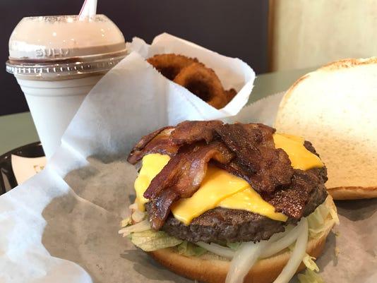 Kraverz-burger.JPG