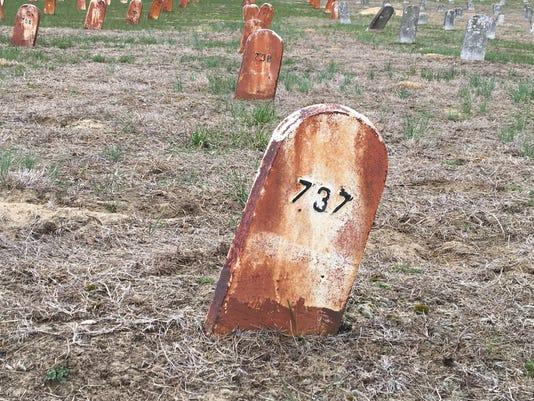 636592216768317838-cemetery-2.jpg