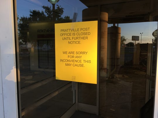 The Prattville Post Office was closed for a short time Monday, following an early Monday morning fire.