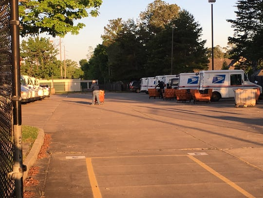 The Prattville Post Office has re-opened after an early Monday morning fire.