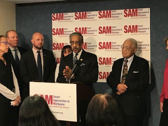 Sen. Ron Rice, D-Newark, speaks at the National Press