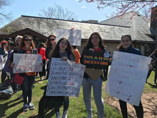 Students, moms, teachers and activists participate