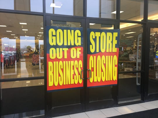 Advertisements of Younkers' going-out-of-business sale