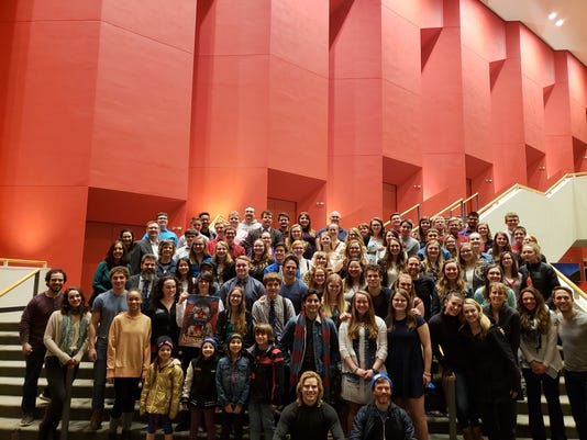 """Algona students pose with cast of """"Les Miserables"""""""