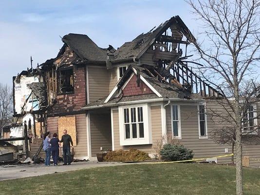 636601058575449724-Mukwonago-4-22-18-house-fire-.jpg