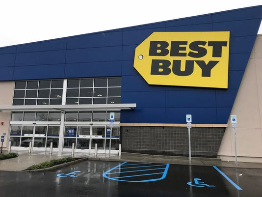 Best Buy Opens New Paramus Nj Store After Switching Malls