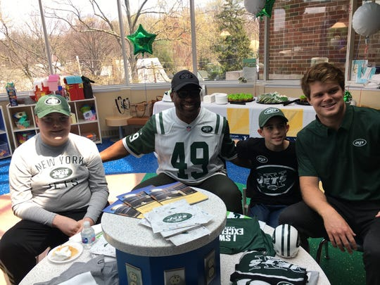 Raymond Schwartz, a 14-year-old with a brain tumor, and his younger brother Jack, met former Jets fullback Tony Richardson and first-round pick Sam Darnold at Goryeb Children's Hospital in Morristown on Saturday.