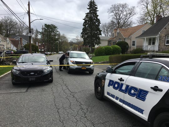 Mamaroneck police cordon off Chestnut Avenue at Ellis