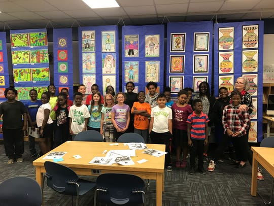 Nancy Oakley's fourth grade class at Hartsfield Elementary