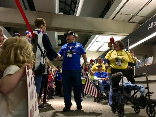 Honor Flight of Southern Indiana welcome home parade with Frank Chamberlain
