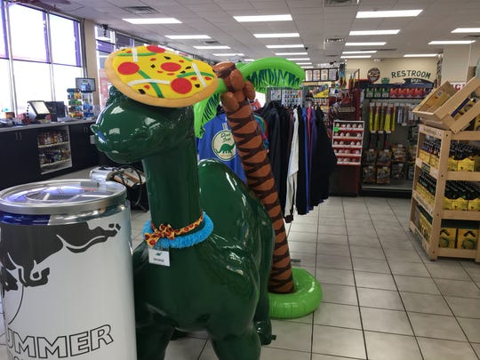 The Dino Stop on Cedar Hedge Lane, in Ledgeview, has added a Little Caesars Express.