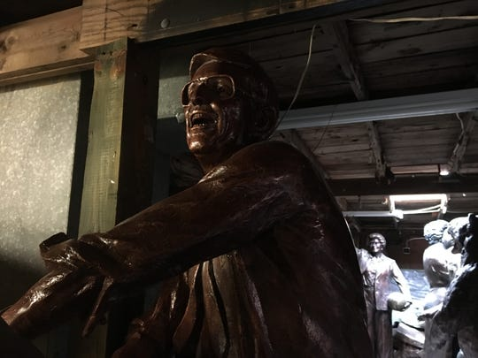 Statue of St. John's basketball coach Lou Carnesecca in Brian Hanlon's studio