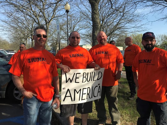 Union workers in support of the Northeast Supply Enhancement