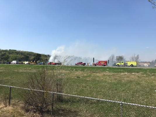636620854292159342-Grass-fire-near-state-29.jpg
