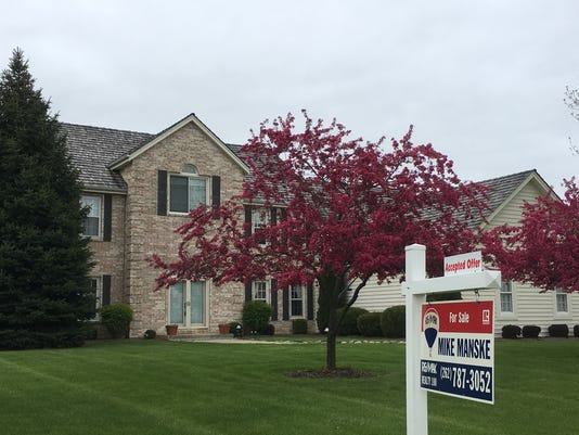 Accepted offer in Brookfield