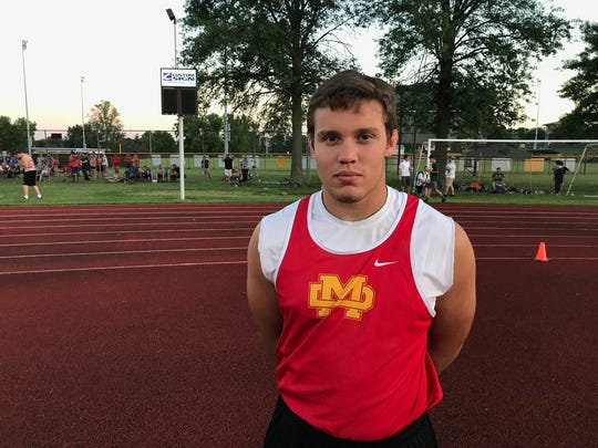 Mater Dei's Michael Boots sets regional discus record with throw of 174 feet.