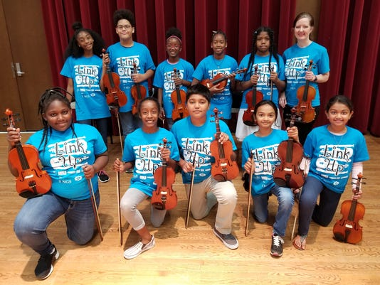 636628620452522925-Sealey-Elementary-String-Students.jpg