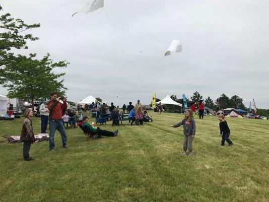 SLH-1-kite-folo.JPG