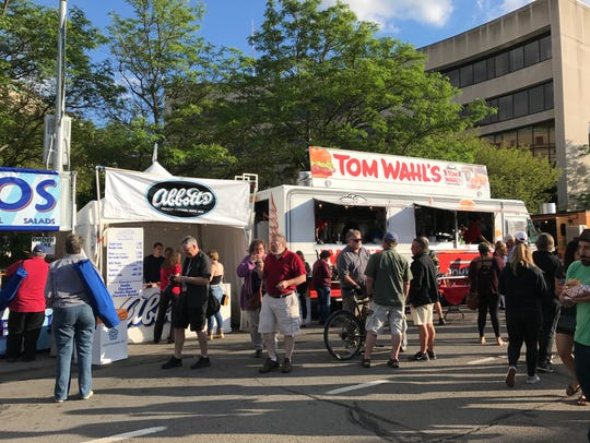 Abbott's and Tom Wahl's serve up food at the 2017 Jazz